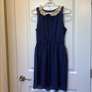 Forever 21 blue and white size small dress